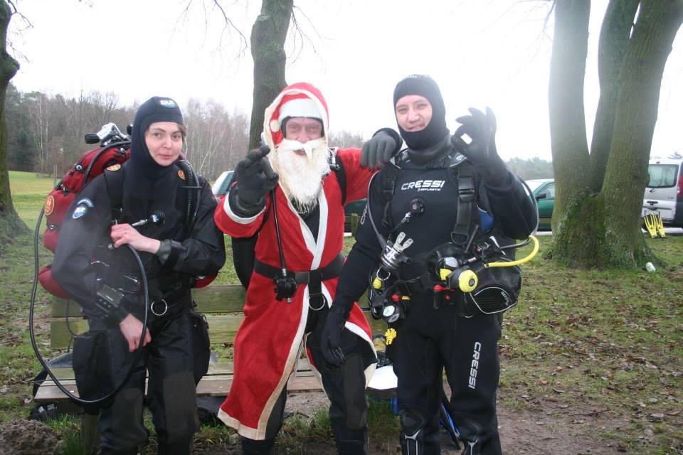 weihnachtstauchen-weihnachtsmann-divecrew-berlin
